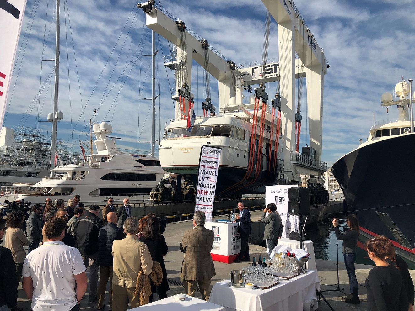 With the introduction of the new 1,000TN travelift, STP Shipyard Palma consolidates its world leader position in yacht repair