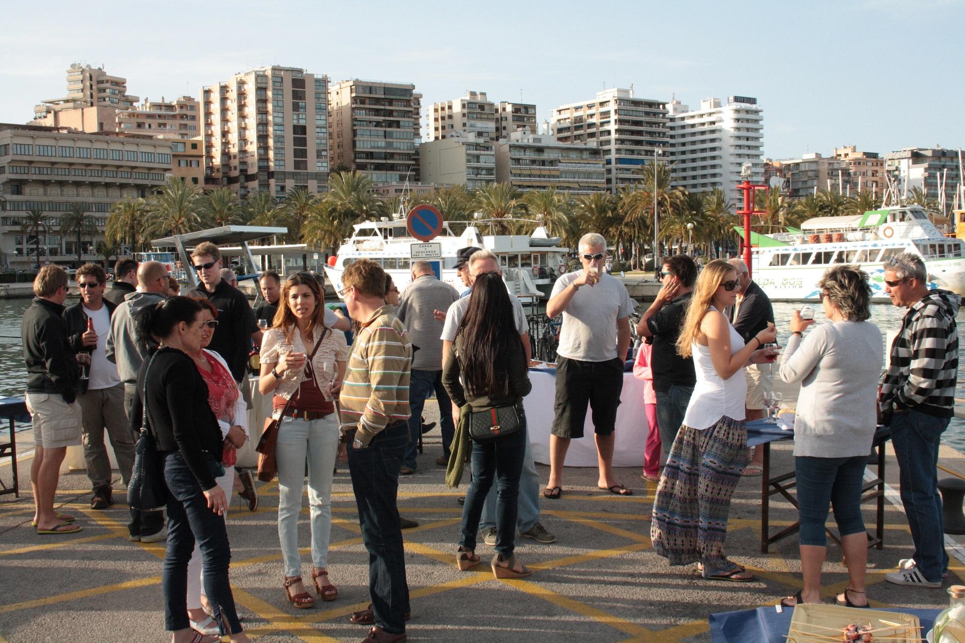 marina-port-de-mallorca-organiza-conéxito-un-evento-social-para-sus-clientes-y-empleados.
