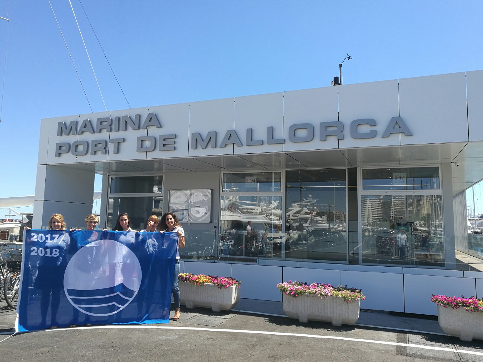 The Blue Flag will be raised for another year in Marina Ibiza, Marina Port de Mallorca and Marina Palma Cuarentena