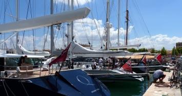 Pleno de STP Shipyard Palma con los participantes de la Superyacht Cup