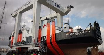 El travelift de 1000 tn de STP Shipyard Palma supera con éxito las pruebas y está listo para empezar a operar