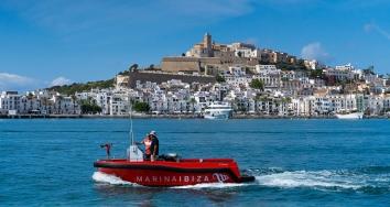 Marina Ibiza cada día más protegida y equipada para emergencias