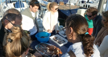 Marina Port de Mallorca offered a didactic and very special barbecue for clients and Friends