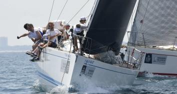 Varadero Valencia destaca en el Trofeo S.M. La Reina
